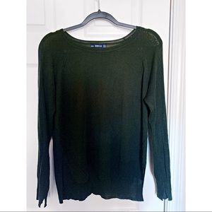 Green long sleeve sweater